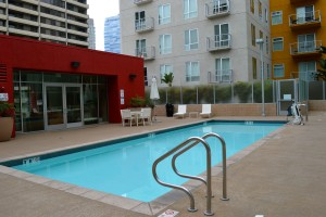 Market lofts pool